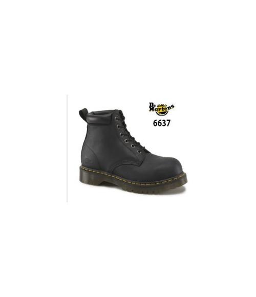 Dr Martens- Airwair, 6637 Forge ST Black 6 Eye Boot